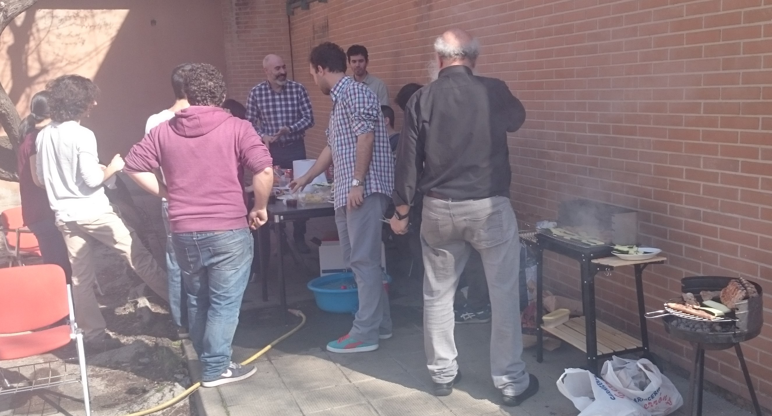 08/03/2017 - Barbecue to celebrate the presentation of CHRISTIE project and the success of the last group of students with the TFG